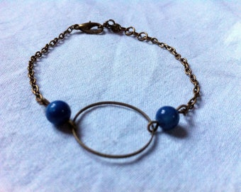 Bracelet connector circle and beads blue