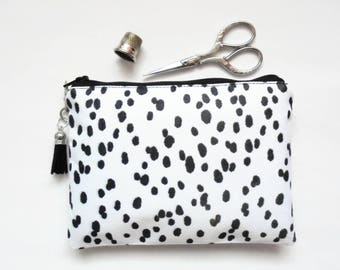 Mum gifts, Dalmation print, dotty, black and white, sewing pouch, zipper wallet, cometic bag, zipper wallet, small storage bag.
