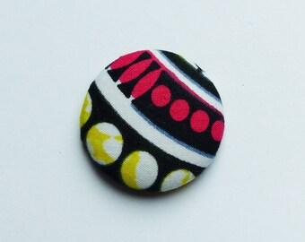 Yellow & pink wax #3 * 2,8 cm magnet