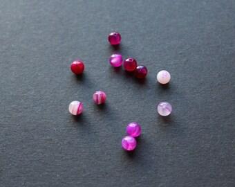 """Agate"" gemstone bead natural Fuchsia / translucent white"