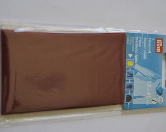 fusible piece Burgundy Red cotton percale for repair prym 929392