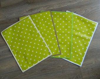 "placemat ""stars"" in green and white oilcloth"