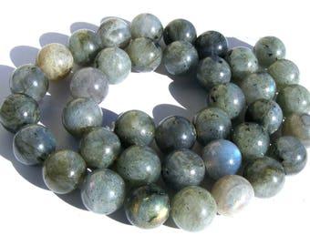 6 labradorites de 10 mm perles pierre gris verte irisé de bleu.