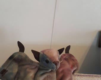 Batty TY retired beanie baby [ Rare ]