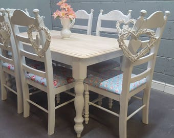Gorgeous 6ft Shabby Chic Farmhouse table set - Kath Kidson upholstery