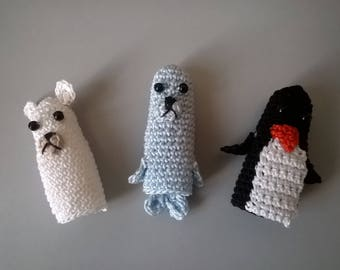 Finger puppets: animals of the ice