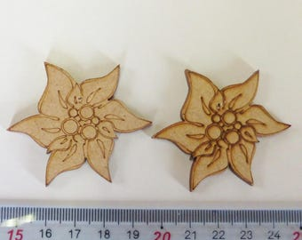 Flower poinsettia wooden pyrographed and pre-drilled raw medium 50x50mm