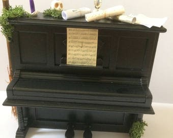 1/12 scale  piano with witchy theme