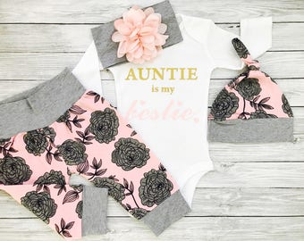 Niece Gift, Aunt and Niece, Aunt Baby Clothes, Aunt Shirt, Baby Niece Gift, Baby Girl Aunt, Auntie Baby Clothes, Auntie Is My Bestie