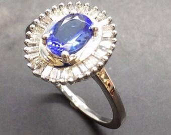 14ct White Gold Diamond & Tanzanite Ring