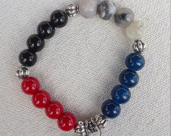 glossy colored beaded bracelet