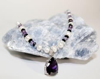 Elegant Gorgeous Gemstone Necklace with Amethyst Pendant