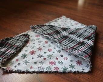 Reversible Christmas bandana