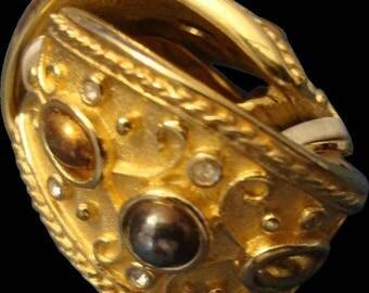 Earrings Vintage Etruscan inspired Hobe signed gold tone clip hugger earrings
