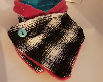 Kids pink and plaid cowl scarf