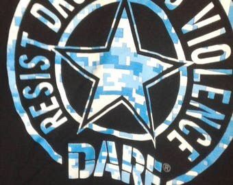 Dare Shirt. Resist Drugs and Violence Med T-shirt New Condition! No Fading!