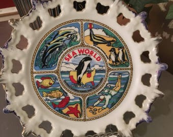 Sea World Souvenir Plate