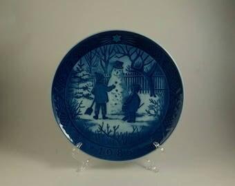 1985 Royal Copenhagen Christmas plate