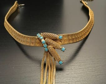 Vintage gold toned necklace with turquoise stones