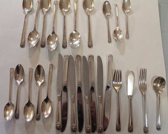 Vintage Rogers & Son Angel Pattern Silver Plated Cutlery 27 Pieces Silverware Spoon Knife Fork