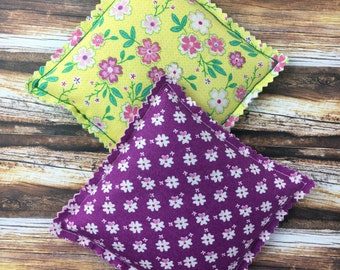 "Kozy Komfort ""Moscato"" Style Rice Heating Pad, Hand Warmer, Ice and Hot Pack, Spring Flowers and Butterflies Pattern"