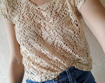 Women's vintage lace top