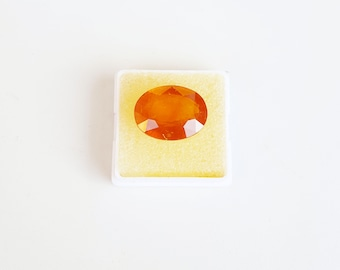Beautiful Clean---Natural Yellow Sapphire ---A Grade---Cut stone---15.65 carat----13MM  X 17MM--- Gemstone for Jupiter,on 50% Sale.