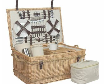 Fully Fitted 6 Person Picnic Basket