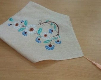 Linen embroidered scarf
