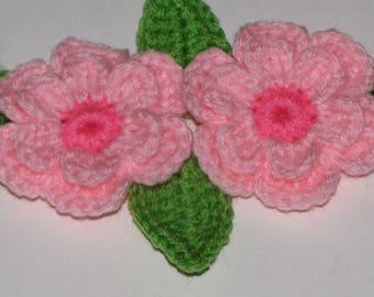 """2 Large (3"""") Two Tone Crocheted Flowers  & Leaves - LIGHT PINK"""
