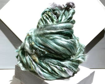 "thick and thin yarn, Green bulky art yarn ""Silver Sage II"" Handspun yarn, Silver grey sage green, Mint, freeform knitting, Saori Weaving"
