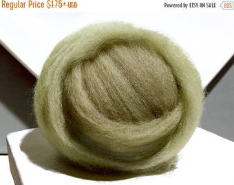 ROVING SALE Lichen Green wool roving, Needle Felting Spinning wool, w free samples, yellow green,  grey green