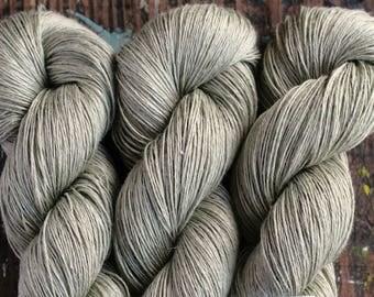 Linen yarn - 5-ply - Light Fingering  -- 505