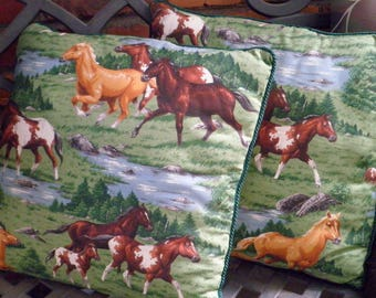Vintage Horse Accent Pillows - Preppy Equestrian Wild Horse Throw Pillows - Retro Running Horses Country Cowboy Cottage Chic Home Decor Gift