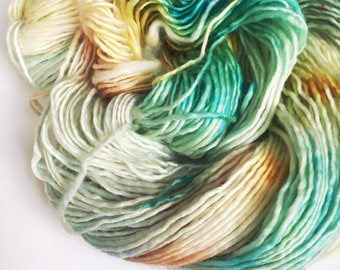 PAINTED DESERT Sublime Worsted sw Merino Single Ply Yarn