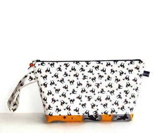 Wedge Bag, Small Project Size Knitting Bag, Little Black Halloween Cats