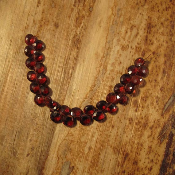 Natural Garnet Teardrop Beads, 4 Inch Strand of 30 Faceted Red Gemstones for Making Jewelry, Heart Briolettes, 7mm x 6.5mm (B-Ga3a)