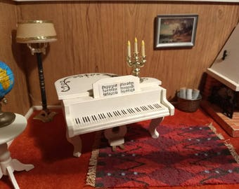 White Rococo Piano with Gold Scroll Details 1:16 Scale