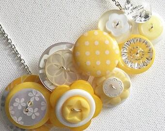 Button Necklace - Banana Anna