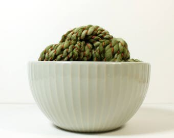 agave .. merino wool, handspun yarn, hand spun yarn, handspun art yarn, dk yarn, wild yarn, wool