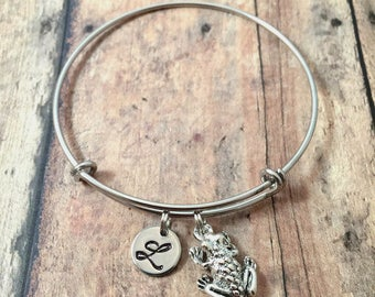 Frog initial bangle - frog jewelry, amphibian jewelry, frog bangle, toad bracelet, silver frog bracelet, bullfrog jewelry, amphibian bangle