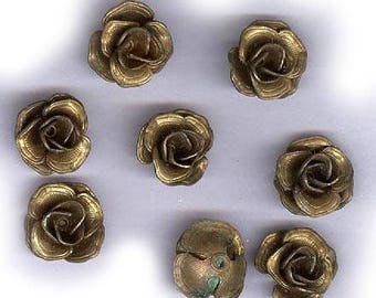 vintage BRASS ROSES or FLOWERS fancy brass findings eight flowers old school retro shabby chic flower findings