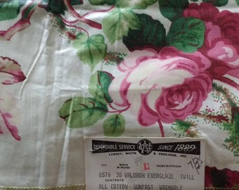 Vintage NOS Roses Cotton Salesman Samples Fabric Swatches // Lusskey White Coolidge