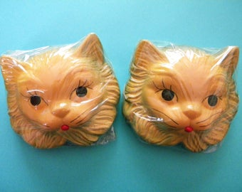 2 Unused Sealed Chalkware Kitty Cat Wall Hangings Persian Kitten in Original Box