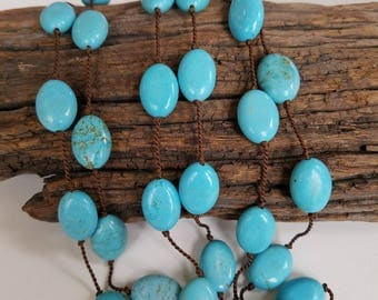 Handknotted Turquoise Stones Silk Necklace
