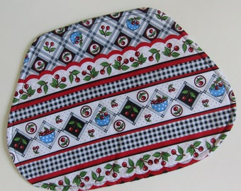 Wedge Placemat, Reversible, Insulated, Cherries, Bowls of Cherries, Table Placemats, Linens, Round Table Placemats