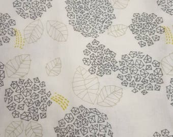 1 yard kokka double gauze trefle - 100% cotton - gray floral - japan