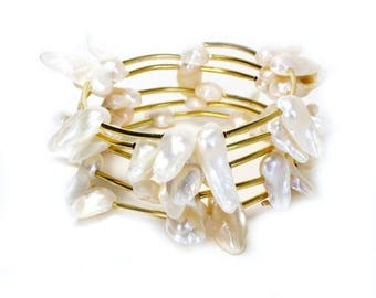 HALF PRICE SALE White mother of pearl blister gold memory wire spiral bracelet
