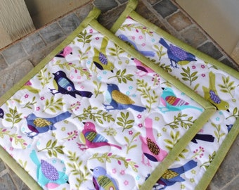 Bird Pot Holders, Quilted Potholders, Fabric Potholders, Set of 2 Hotpads,  Gift under 20, Handmade Pot Holders