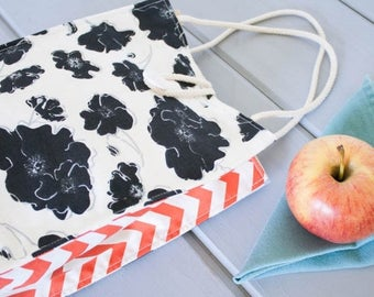 ON SALE Insulated Organic Cotton Lunch Bag -- Black & White Flowers with Coral Chevron -- PLASTIC Free!